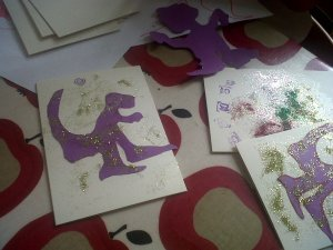 plain cards and dinosaur cutouts